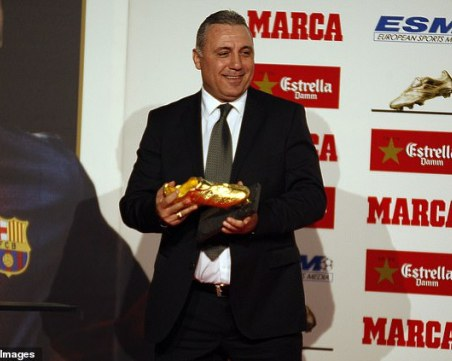 Стоичков призова: Дайте титлата на Барселона