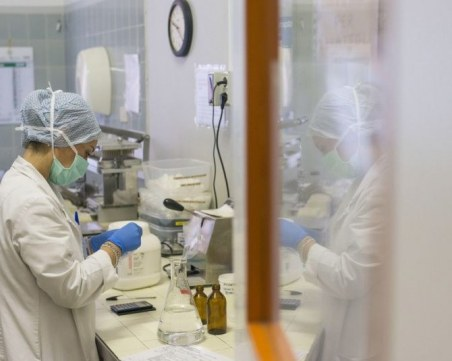 Броят на смъртните случаи от коронавирус в САЩ надхвърли 10 000