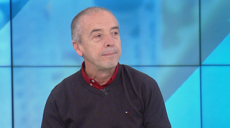 Мангъров: Трябва да се изследват хора за антитела, от статистиката на заболелите няма смисъл