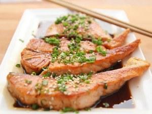 6 полезни храни, с които не трябва да прекаляваме