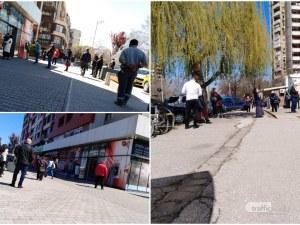 Банкоматите в Пловдив прегряха! Преведените пенсии разбуниха духовете на възрастните хора