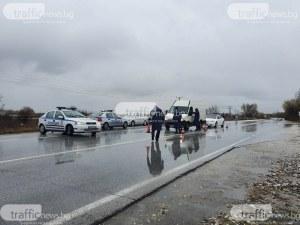 Жена наруши карантината си в Столипиново, друга опита да пробие през КПП-то на Брезовско