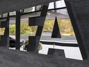 Делим място с Буркина Фасо в ранглистата на ФИФА