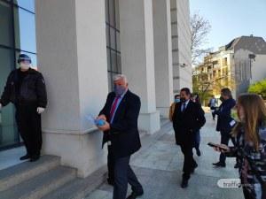 Скандал! Зико оттегли предложение за закупуването на апаратура за COVID-19, скочи срещу фалшиви новини