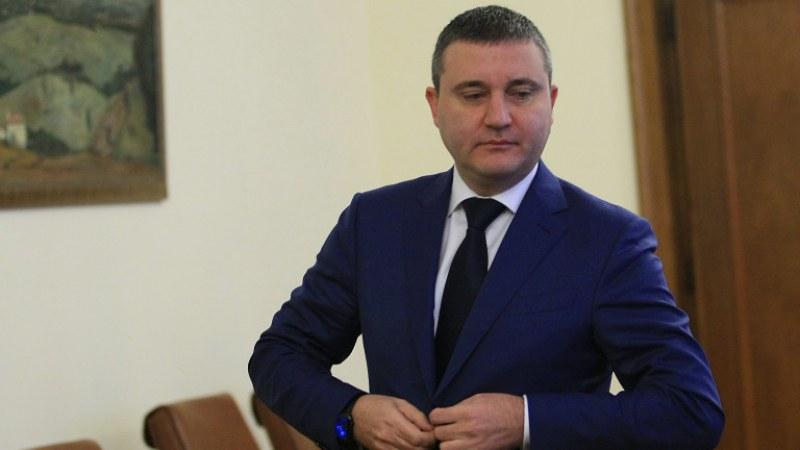 Горанов потвърди: Банките разсрочват задълженията до 6 месеца
