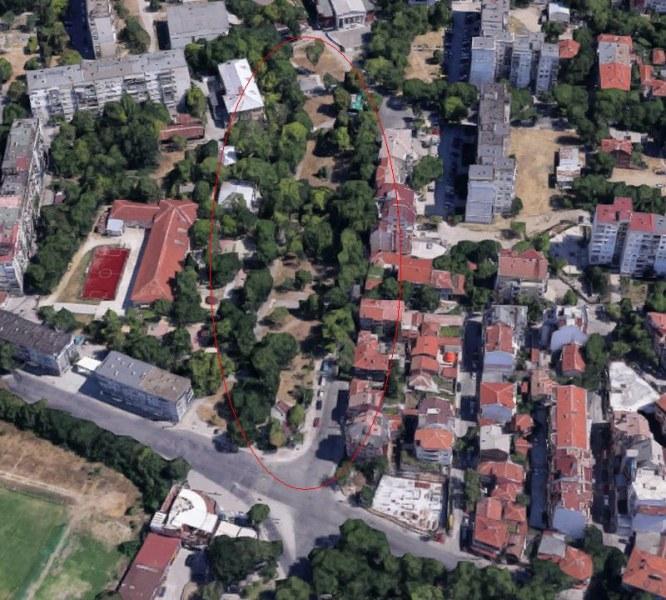 Подготвят тоталния ремонт на основна улица в Кючука, правят и голям парк до нея