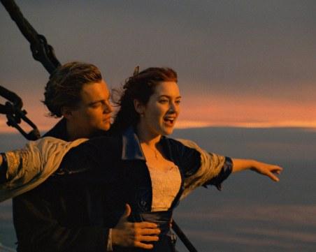 На този ден: Потъва Титаник