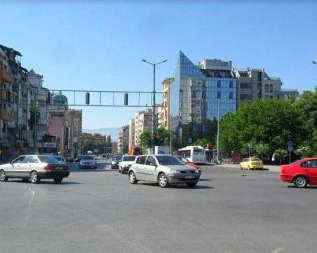 Обновяват маркировката на възлово кръстовище в Пловдив, да се шофира внимателно