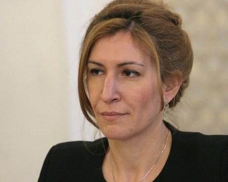 Туроператори подготвят писмо до премиера, искат оставката на Ангелкова