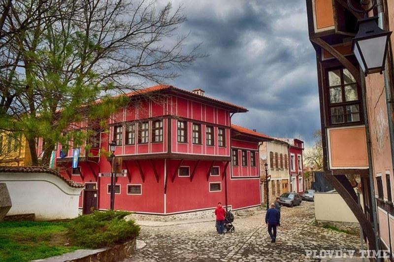 Старият град кани на виртуална изложба за Великден