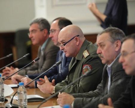 Случаите на COVID-19 в България вече са 1015, има още две жертви