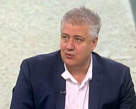 Проф.Балтов: Сценарият с малките пикове е най-реалният за България