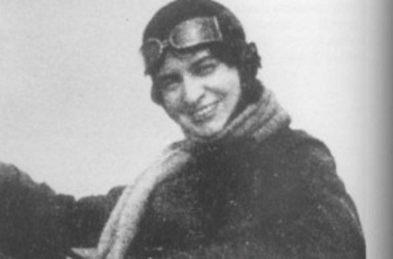 123 години от рождението на карловката Райна Касабова - първата жена в света, участвала в боен полет