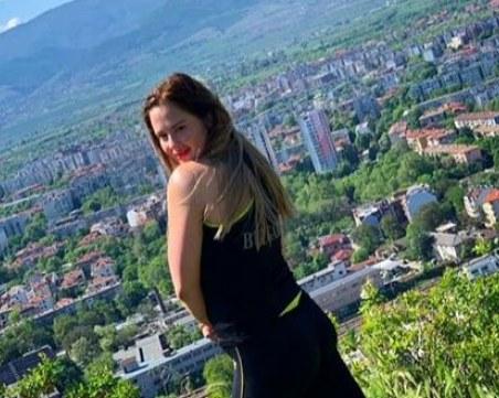 Едно от златните ни момичета на разходка в Пловдив