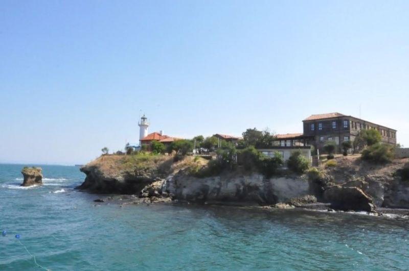 Остров Света Анастасия посреща първите си гости днес
