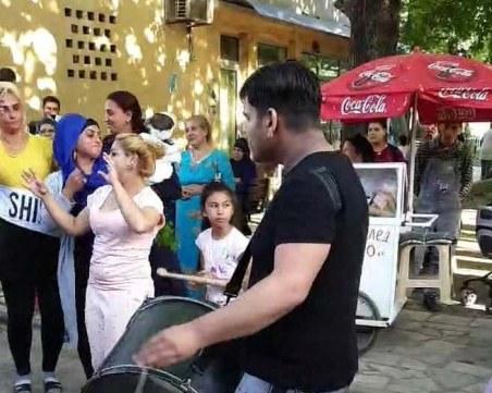 Въпреки заразата: Втора шумна сватба за три дни в Столипиново
