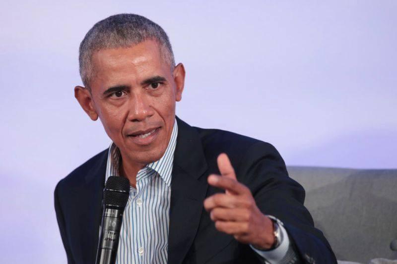 Обама критикува Тръмп за COVID-19, нарече го