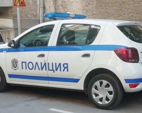 Заради силна музика: Жена удари с брадва полицай, колегата му - нападнат от още трима