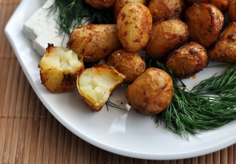 Как да комбинираме диетично картофите с другите храни