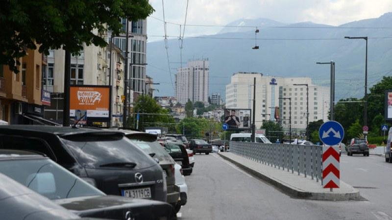 Нови велоалеи и паркоместа изграждат в центъра на София