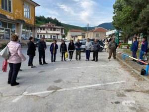 След трагедията в Дебръщица: Жителите искат легнали полицаи