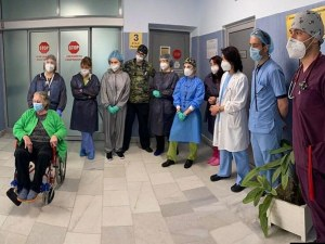 75-годишна жена оздравя от Covid-19 след 65 дни в реанимация