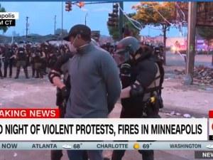 Арестуваха екип на Си Ен Ен, отразяващ безредиците в Минеаполис