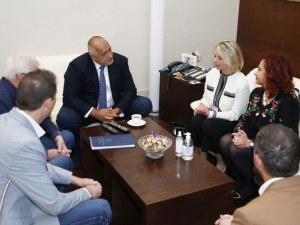 Борисов проведе важна среща, разхлабват още мерки