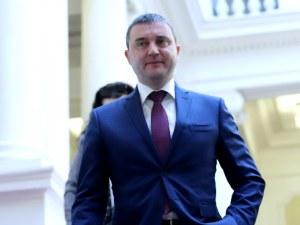 Прокуратурата разпитвала министър Горанов по първото дело срещу Божков
