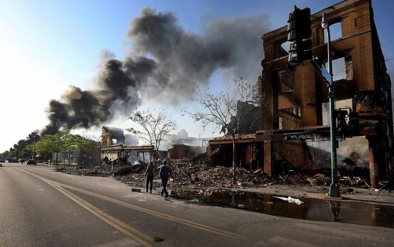 В Минесота: Терористи и наркокартели яхнаха протестите