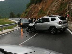 Катастрофа блокира пътя Кричим - Девин