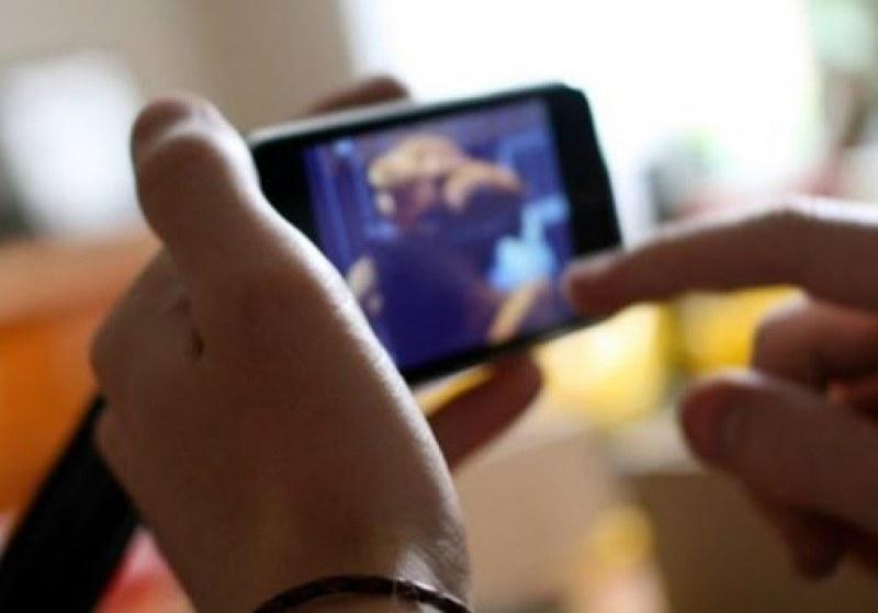 Хулиганите, съблекли ученик в Пловдив, заснели гаврата на видео