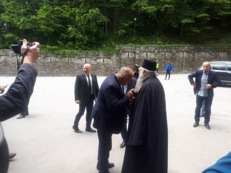 Премиерът: Даваме пари за нова църква в Пловдив, 600 000 лв отиват за Рилския манастир