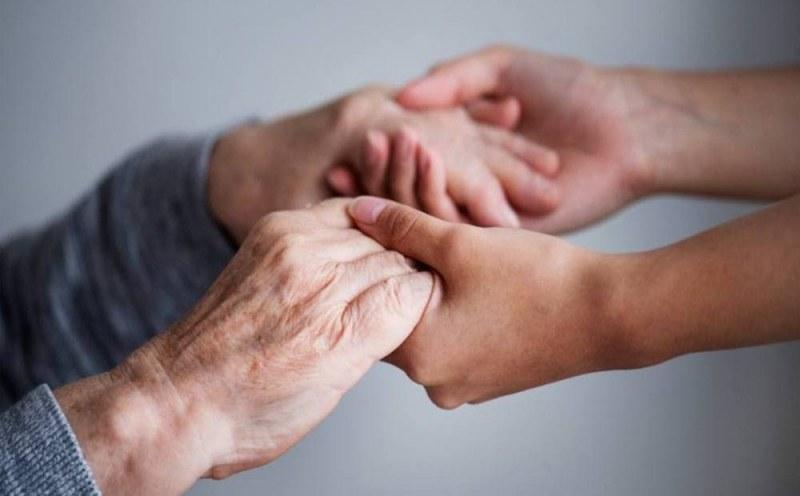 Възобновяват социалните услуги, контролът ще е засилен