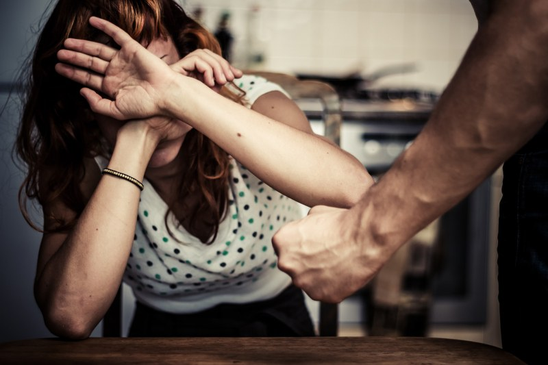 Жена почина след побой заради ревност