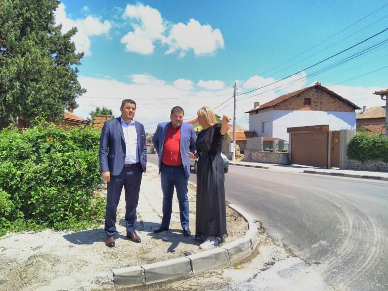 """Кметът на община """"Родопи"""" инспектира пътищата в Крумово и Брани поле"""