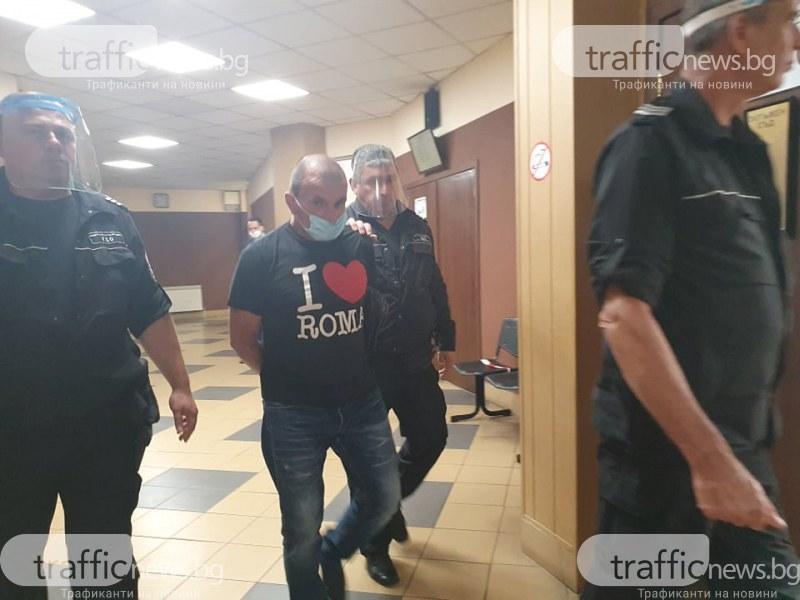 Ревнивецът Бочката, опитал да убие половинката си и съсед край Пловдив, призна вина