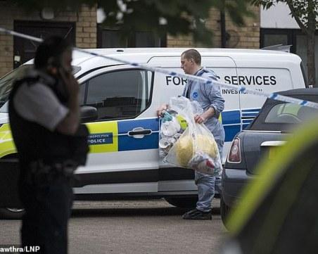 Дете и мъж са в критично състояние след стрелба в Лондон