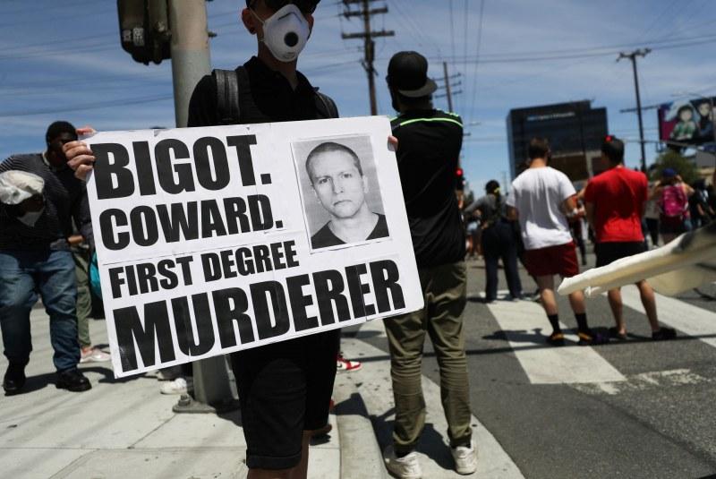Местят убиеца на Флойд в друг затвор заради смъртни заплахи