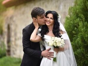 Роси Пейчева след сватбата: Цял живот мечтаех да се видя в бяло! Направих го на 46 и съм щастлива