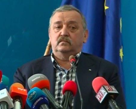 Кантарджиев: Нямаме интерес да лъжем - нито за тестовете, нито за починалите