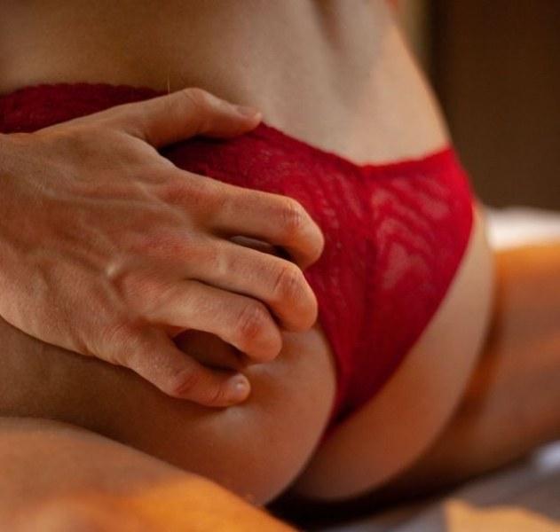 5 неща, с които принуждаваме мъжа да ни изневерява