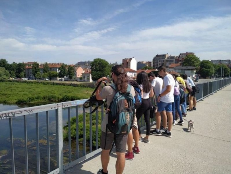 Десетокласници от Пловдив изучават птиците по Марица
