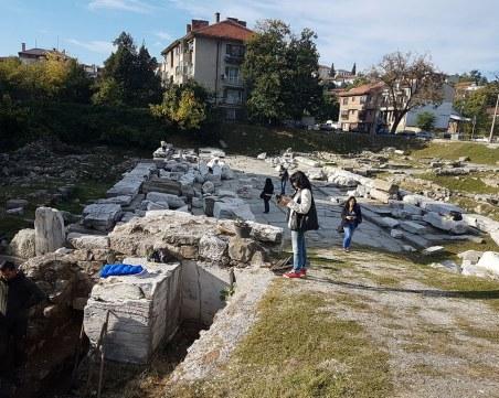 Търсят Триумфалната арка на Адриан в Пловдив
