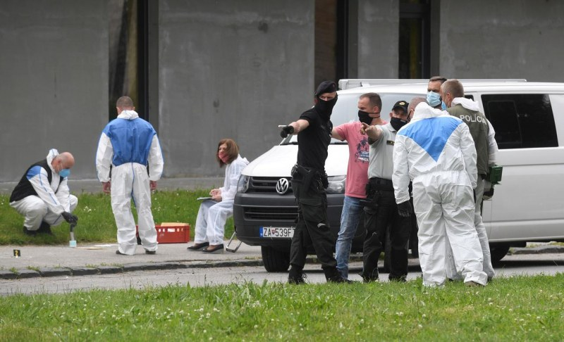 Нападението в училище в Словакия: 22-годишен бивш ученик уби зам.-директора