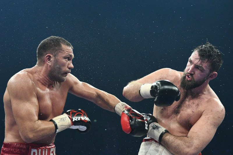 Кобрата в Топ 10 на най-престижната боксова класация
