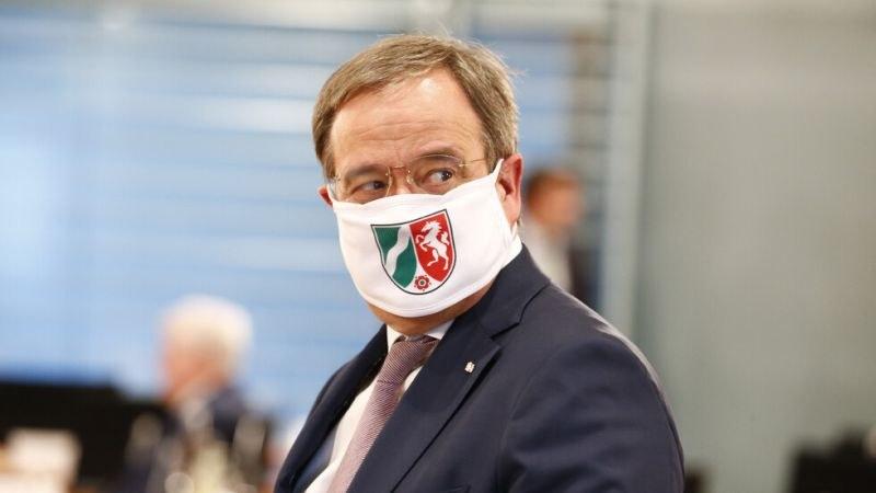 Премиерът на Северен Рейн–Вестфалия: Българи и румънци внесоха COVID-19