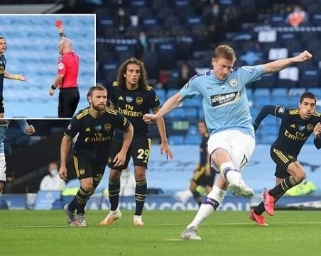 Манчестър Сити започна с класика срещу 10 от Арсенал