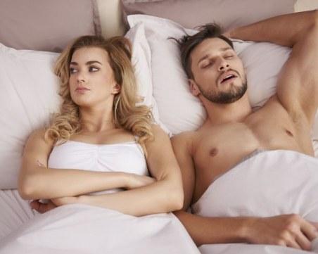 Защо мъжете заспиват веднага след секс?