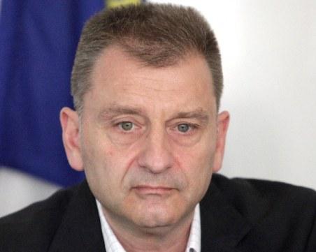 Пловдивчанин, ключов директор в НАП, напуска системата!